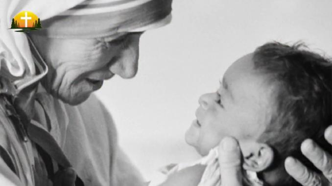 Dieu est présent dans le pauvre et le petit