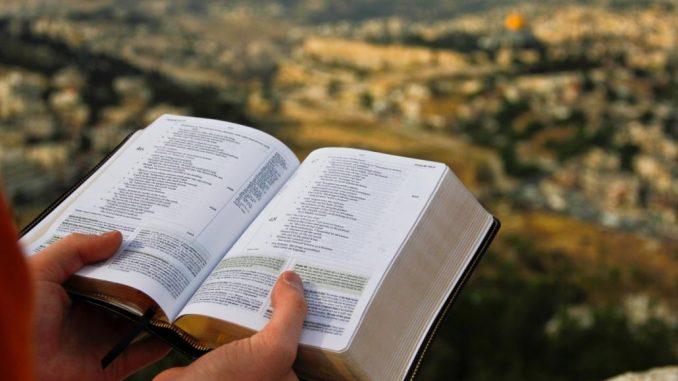 pratiquer l'oraison avec la Bible