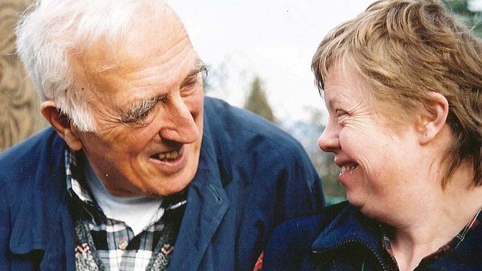 Jean Vanier - Le fondateur de l'Arche Jean-Vanier-678x381